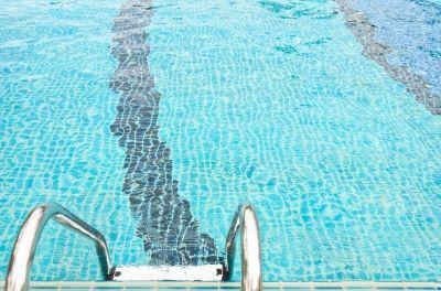 piscine-robot-piscine-choisir-conseils-nettoyage-bassin