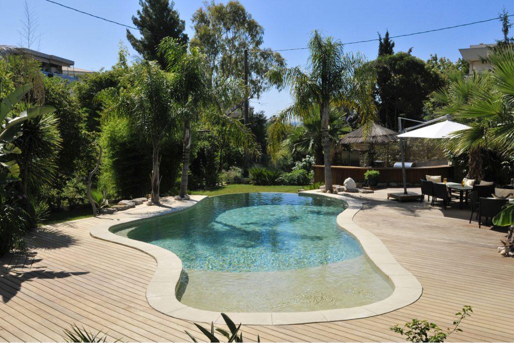 piscine arrondie originale